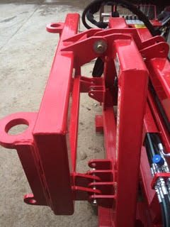 counter balance weights fitted to the machine when a 2.6m high clamp is fitted